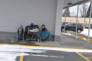 With an anchor tenant vacancy, a bottle return center, and the Hansen Shelter across the street, Menlo Park Plaza is becoming a magnet for homeless and indigent people. STAFF/2016