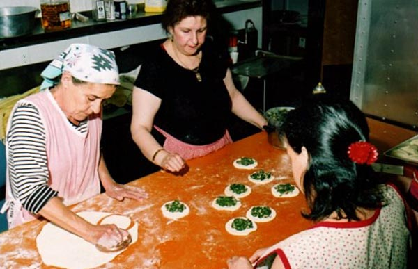Middle East Festival volunteers make the meat and spinach pies for the annual event. This year is the 40th anniversary of the festi-val, which is set for Saturday, Aug. 27. COURTESY ST. GEORGE ANTIOCHIAN ORTHODOX CHURCH