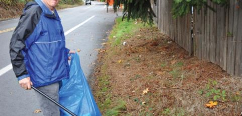 Retired cop becomes one-man litter patrol